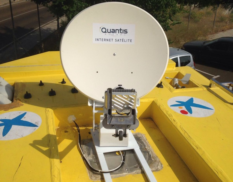 Vehicle mount antenna in Spain